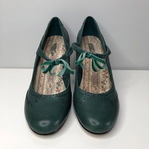 Vintage Seychelles Green Mary Jane Pumps Size 8